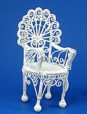 Dollhouse Miniature Wicker Style Metal Chair (Image1)