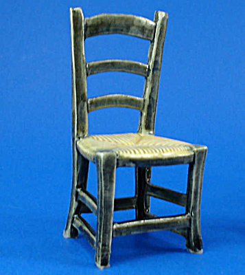 Dollhouse Miniature Porcelain Chair (Image1)
