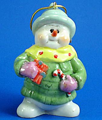 Resin Snowman Ornament (Image1)