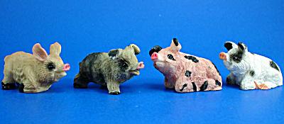 Miniature Pig Set of Four (Image1)