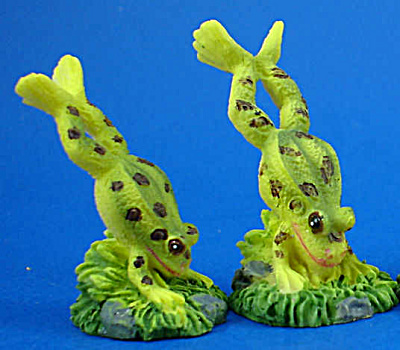 Leaping Frog Set of Two (Image1)