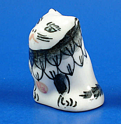 Hand Painted Porcelain Thimble - Cat (Image1)