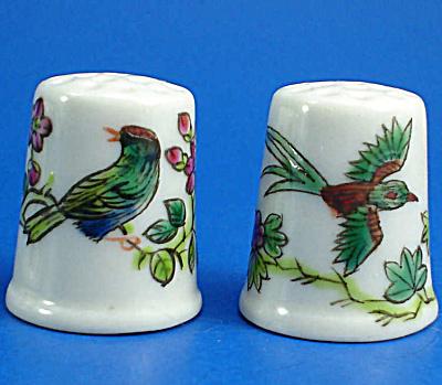 Hand Painted Porcelain Thimble Pair - Birds (Image1)