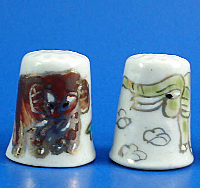 Hand Painted Porcelain Thimble Pair - Elephants (Image1)