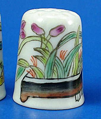 Hand Painted Porcelain Thimble - Planters (Image1)