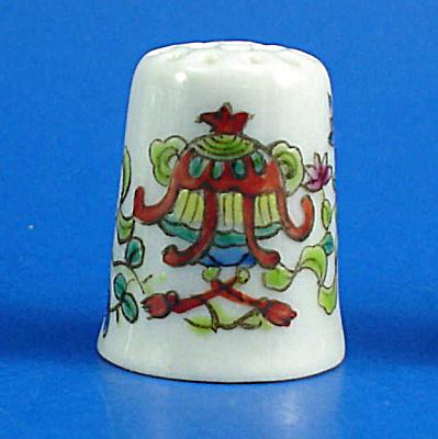 Hand Painted Porcelain Thimble - Oriental Symbols (Image1)