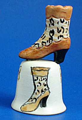 Hand Painted Ceramic Thimble - Boot (Image1)