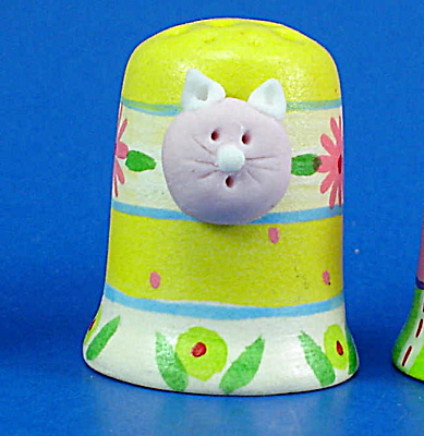 Hand Painted Ceramic Thimble - Cat Head on Side (Image1)