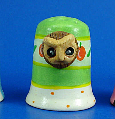 Hand Painted Ceramic Thimble - Owl Head on Side (Image1)