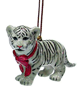 R307 White Tiger Cub Ornament (Image1)