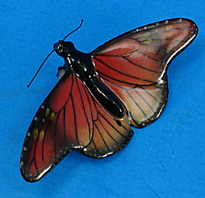 M001Ar Monarch Butterfly Magnet (Image1)