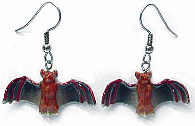 JE059 Bat Earrings (Image1)