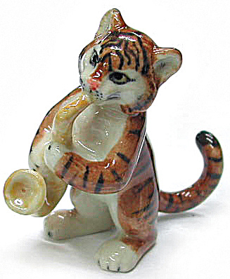 MB007 Tiger with Sax (Image1)
