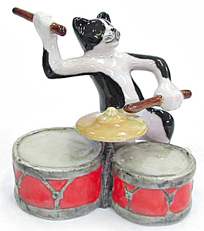Mb016 Cat With Drums