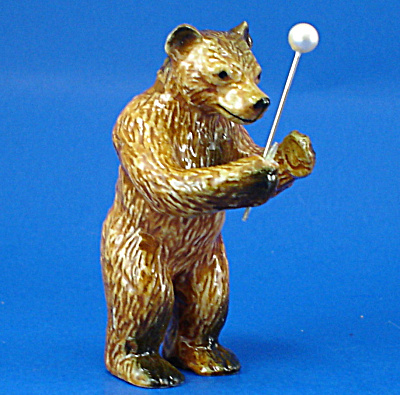 K14412 Brown Bear Conductor (Image1)