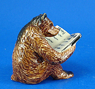 K1601 Brown Bear With Book