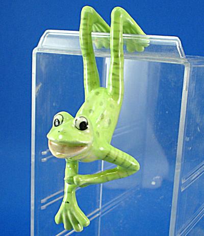 K6611 Edge Hanger Frog (Image1)
