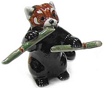 R315a Red Panda With Bamboo, Standing