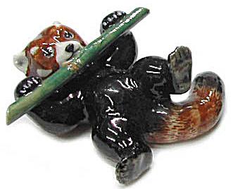 R315b Red Panda with Bamboo, Lying (Image1)