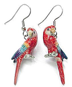 JE062 Macaw Parrot Earrings (Image1)