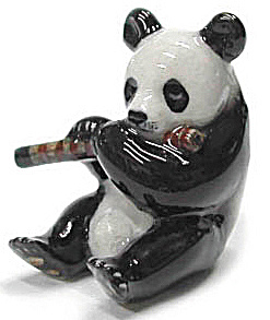 Mb033r Panda With Chinese Folk Flute