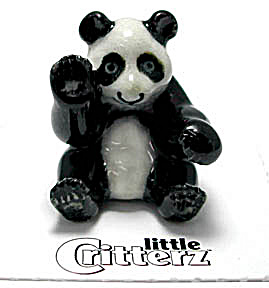 little Critterz LC444 Sitting Panda Bear (Image1)