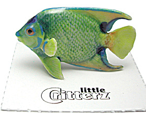 little Critterz LC244 Angelfish named Queen (Image1)