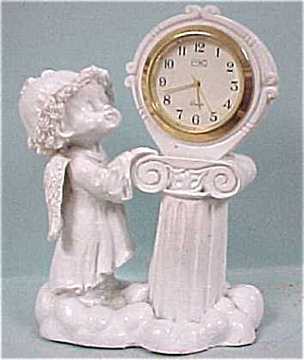 Plastic Cherub With Quartz Clock (Image1)