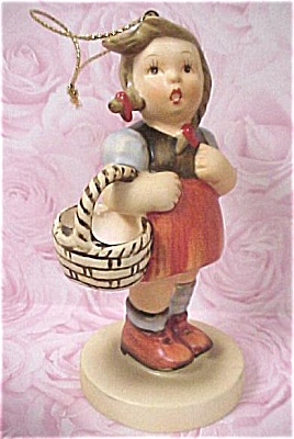 1984 Schmid Hummel Girl Ornament (Image1)