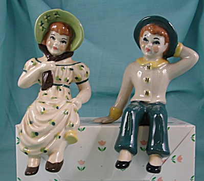 Ceramic Arts Studio Country Children Shelf Sitter Pair
