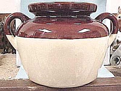 McCoy Bean Pot, no lid (Image1)