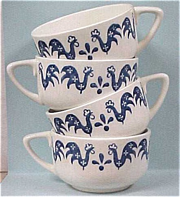 Four Rooster Cups (Image1)