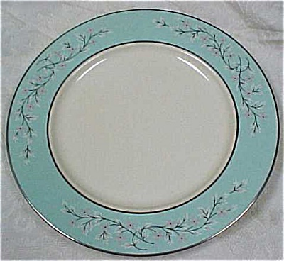 Taylor Smith & Taylor Classic Dinner Plates (Image1)