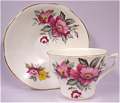 Royal Imperial Teacup and Saucer (Image1)