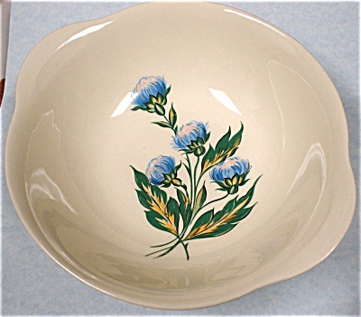 1940s/1950s Thistle Pattern Serving Bowl (Image1)