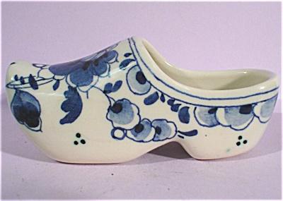 Miniature Delft Shoe (Image1)