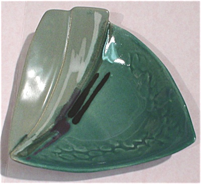 Pottery Pin Tray (Image1)