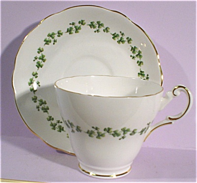 Regency Bone China Clover Pattern Cup and Saucer (Image1)
