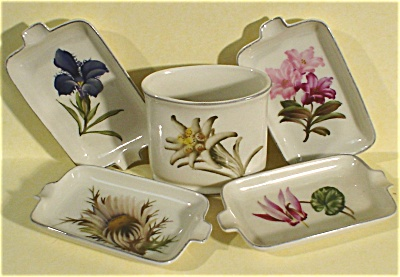 US Zone Germany Eschenbach Smoke Set, Alpine Flowers (Image1)