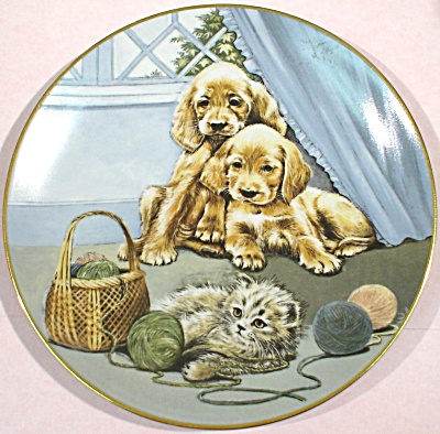 Royal Worcester Plate, A Moment to Unwind (Image1)
