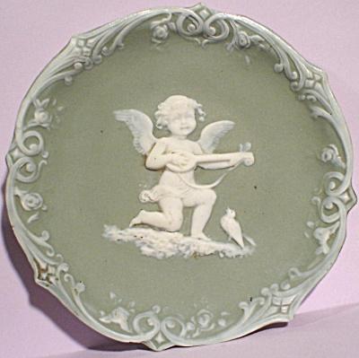 Jasperware Cherub Wall Hanger Plate (Image1)