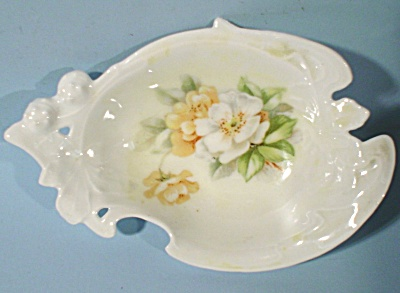 Delicate Bone China Bone Dish (Image1)
