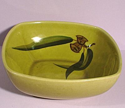 Winfield Eucalyptus Pattern Square Bowl (Image1)