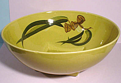 Winfield Eucalyptus Pattern Round Serving Bowl (Image1)