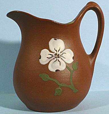 Pigeon Forge Pottery Small Pitcher (Image1)