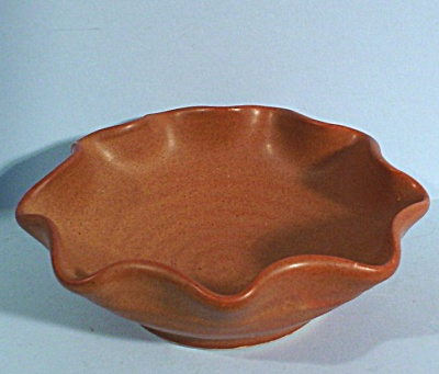 Pigeon Forge Pottery Small Pin Dish (Image1)