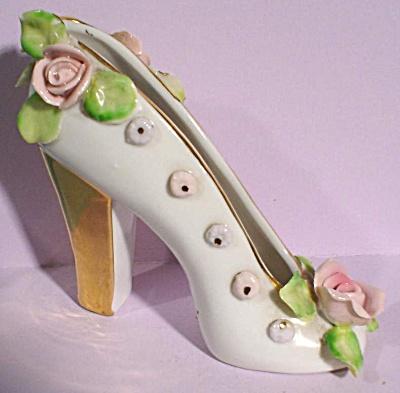 Nikoniko China Japan Pump Shoe with Roses (Image1)