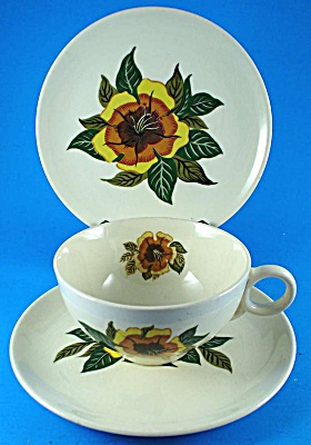 Universal Pottery Trio - Cup Saucer Plate (Image1)