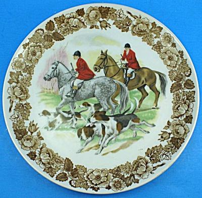 Enesco Japan Porcelain Hunt Scene Plate Wall Hanger (Image1)