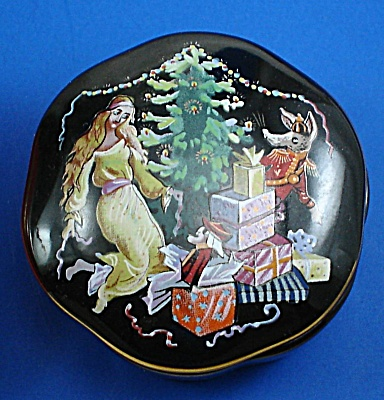Franklin Mint Porcelain Nutcracker Musical Trinket Box (Image1)